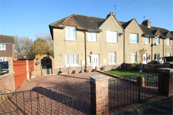 3 Bedrooms End Of Terrace House for sale in Shepherds Hill, GUILDFORD, Surrey