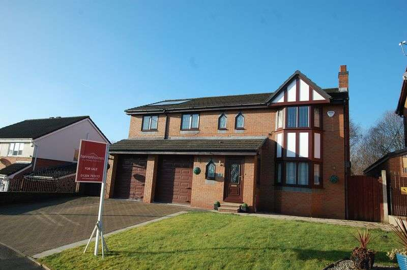 5 Bedrooms Detached House for sale in Boundary Drive, Bolton