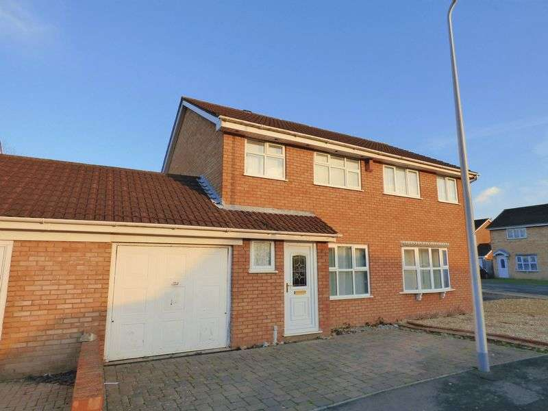 3 Bedrooms Semi Detached House for sale in Marindin Drive, Worle, Weston-Super-Mare