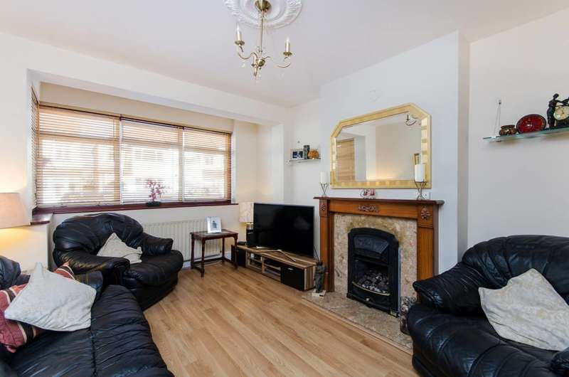 3 Bedrooms End Of Terrace House for sale in Hassocks Road, Streatham Vale, SW16