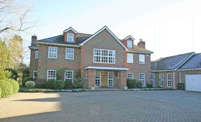 5 Bedrooms Detached House for rent in Stoke Park Avenue, Farnham Royal