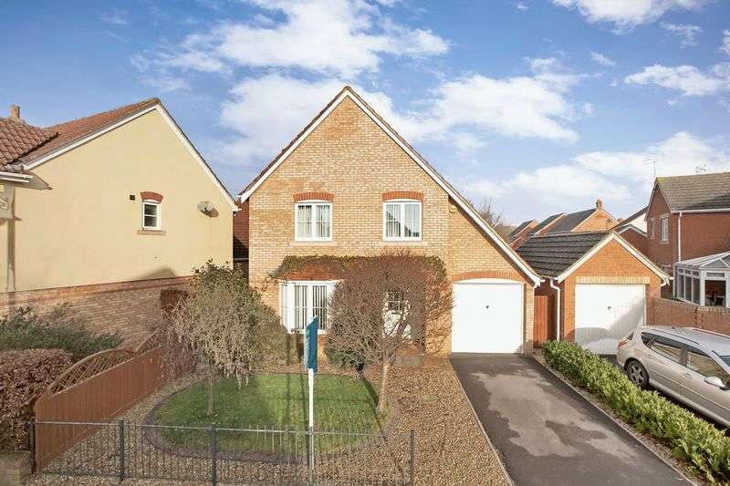 4 Bedrooms Detached House for sale in THE SHAULDERS
