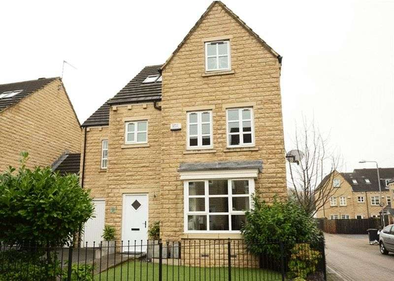 5 Bedrooms House for sale in Copley Drive, Halifax