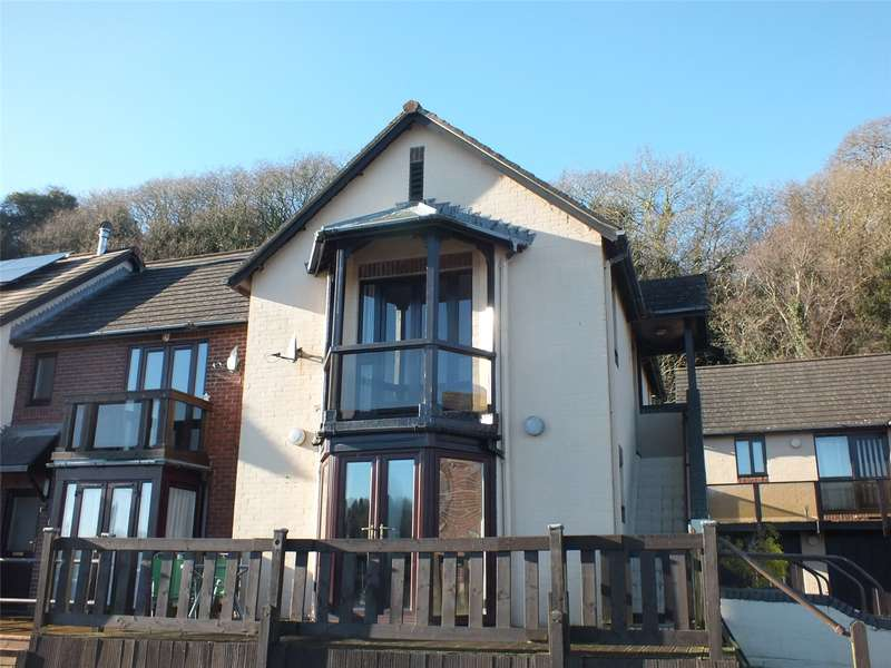 1 Bedroom Flat for sale in Gaddarn Reach, Neyland, Milford Haven