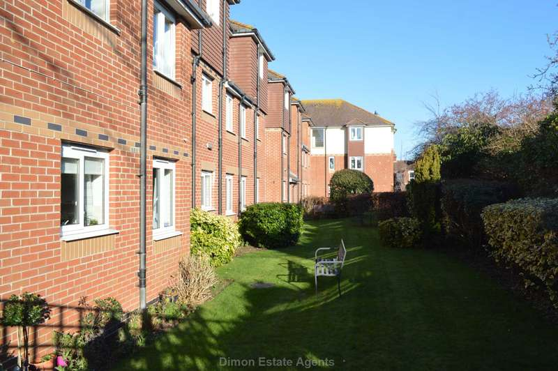 1 Bedroom Retirement Property for sale in Canberra Close, Alverstoke