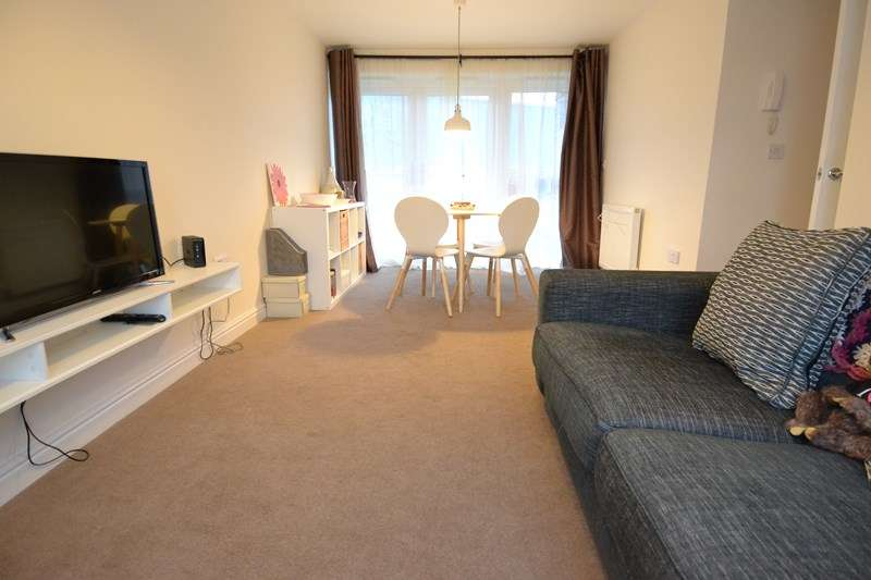 2 Bedrooms Apartment Flat for sale in Frogmill Road, Northfield, Birmingham