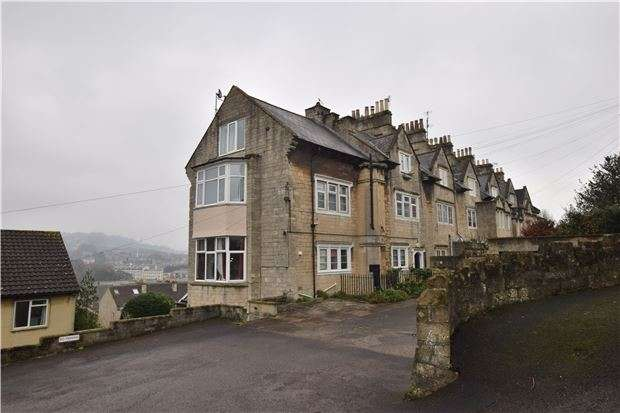 2 Bedrooms Flat for sale in Wells Road, BATH, Somerset, BA2 3AR