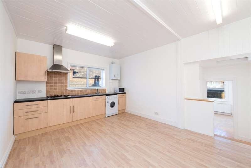 1 Bedroom Flat for sale in Grosvenor Road, Hanwell, London, W7