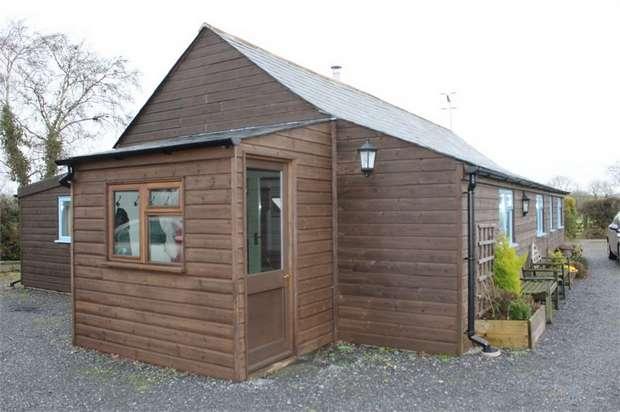 3 Bedrooms Detached Bungalow for sale in Moretonhampstead, Newton Abbot, Devon