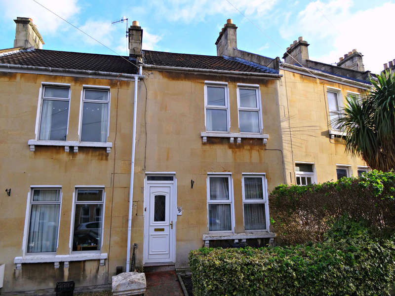 3 Bedrooms Terraced House for sale in Maybrick Road, Oldfield Park, Bath