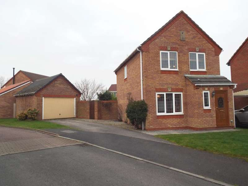 3 Bedrooms Detached House for sale in Dover Close, Warton, PR4