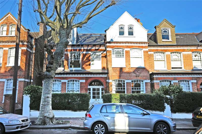 2 Bedrooms Flat for sale in Crockerton Road, Wandsworth Common, London, SW17