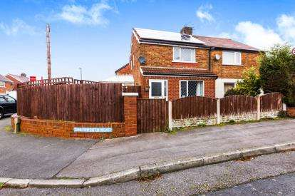 2 Bedrooms Semi Detached House for sale in Chatsworth Road, Walton-Le-Dale, Preston, Lancashire