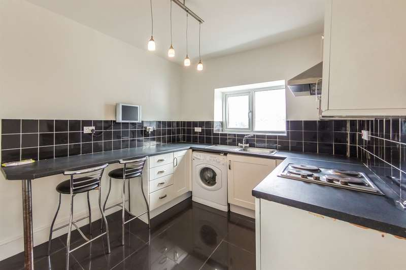 2 Bedrooms Terraced House for sale in Cwm Level Road, Brynhyfryd, Swansea
