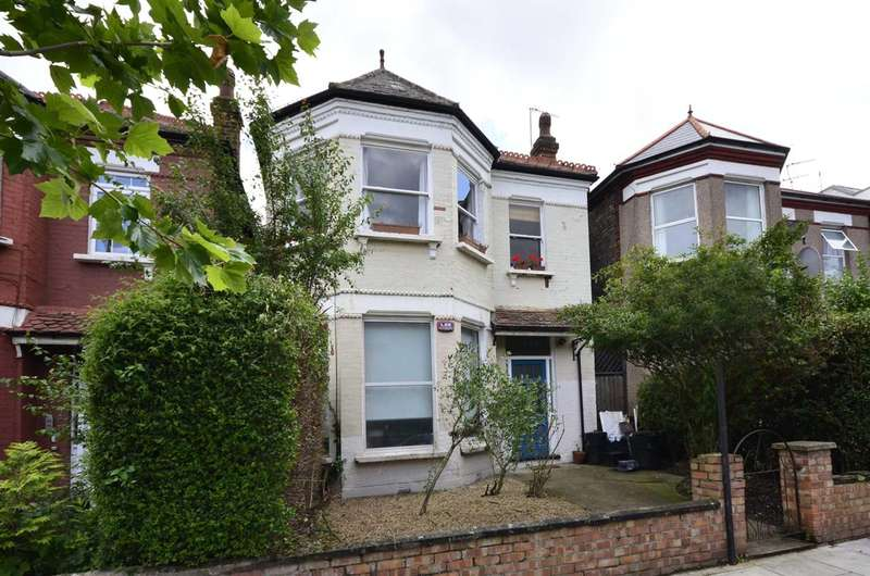 3 Bedrooms Maisonette Flat for sale in Fordwych Road, West Hampstead, NW2