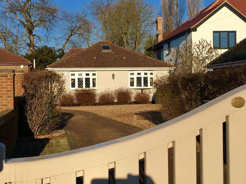 4 Bedrooms Detached Bungalow for sale in Birchwood Road, Wilmington