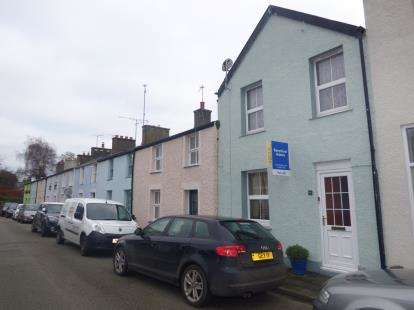 2 Bedrooms Terraced House for sale in New Street, Beaumaris, Sir Ynys Mon, North Wales, LL58