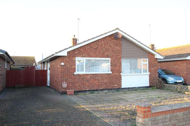 2 Bedrooms Detached Bungalow for sale in Vernon Close, Eastbourne, BN23 6AH