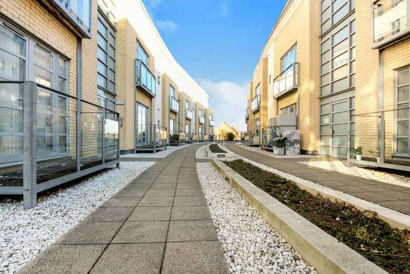 1 Bedroom Flat for sale in Thames Reach, London, Greater London, SE28