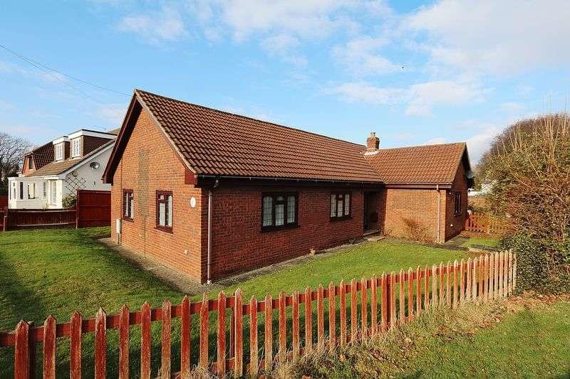 3 Bedrooms Detached Bungalow for sale in Coal Park Lane, Swanwick