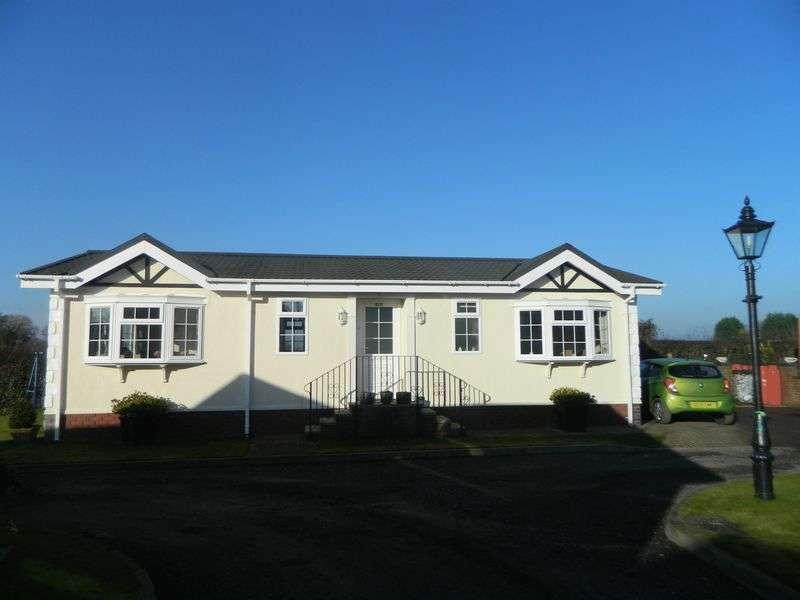 2 Bedrooms Detached Bungalow for sale in Western Park, Wheelock Heath