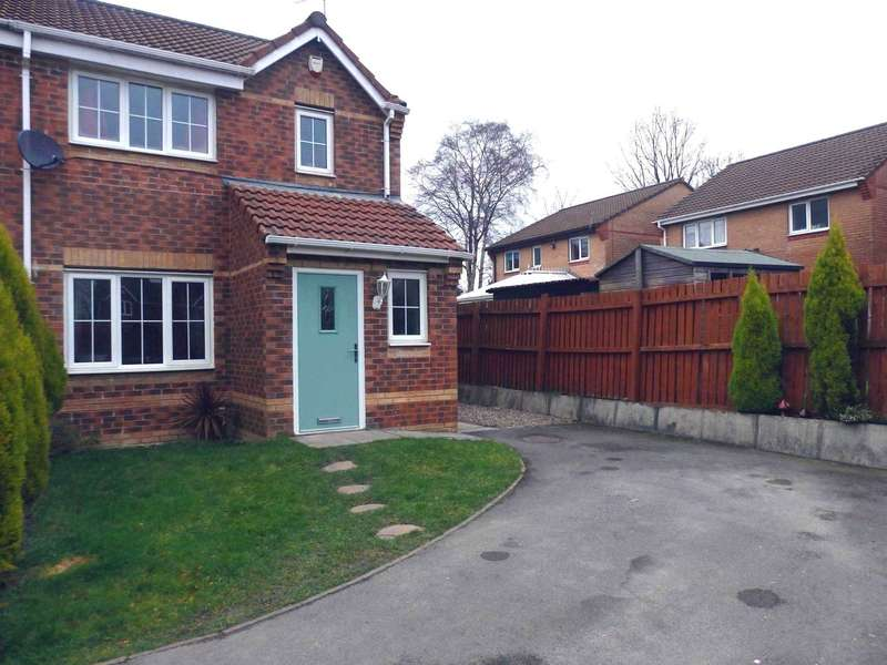 3 Bedrooms Semi Detached House for sale in Seathwaite Road, Farnworth