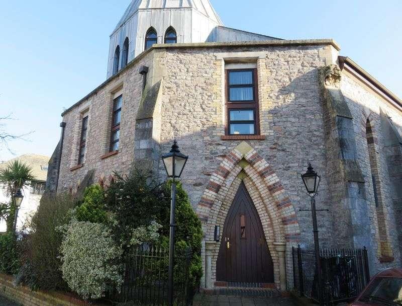 2 Bedrooms Flat for sale in The Chapel, Totnes