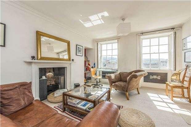 1 Bedroom Flat for sale in Walcot Parade, BATH, Somerset, BA1