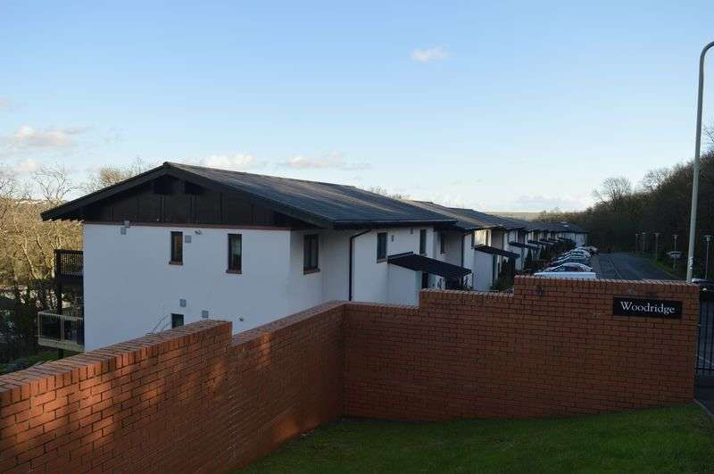2 Bedrooms Flat for sale in 2D Woodridge, Bridgend, CF31 4PE