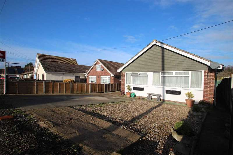 2 Bedrooms Detached House for sale in Ryedale, Alpha Road, Point Clear