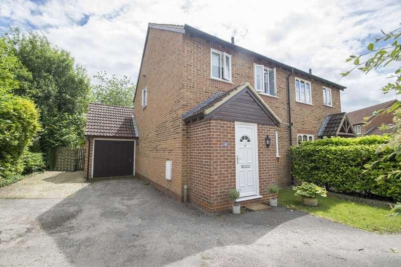 3 Bedrooms Semi Detached House for sale in Bridus Mead, Blewbury, OX11
