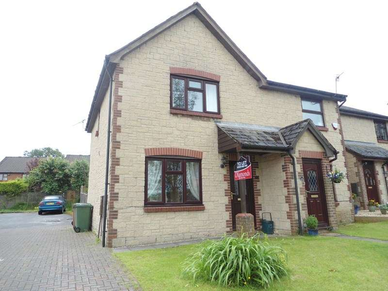 3 Bedrooms Semi Detached House for sale in Clos Llyswen, Brynsiriol
