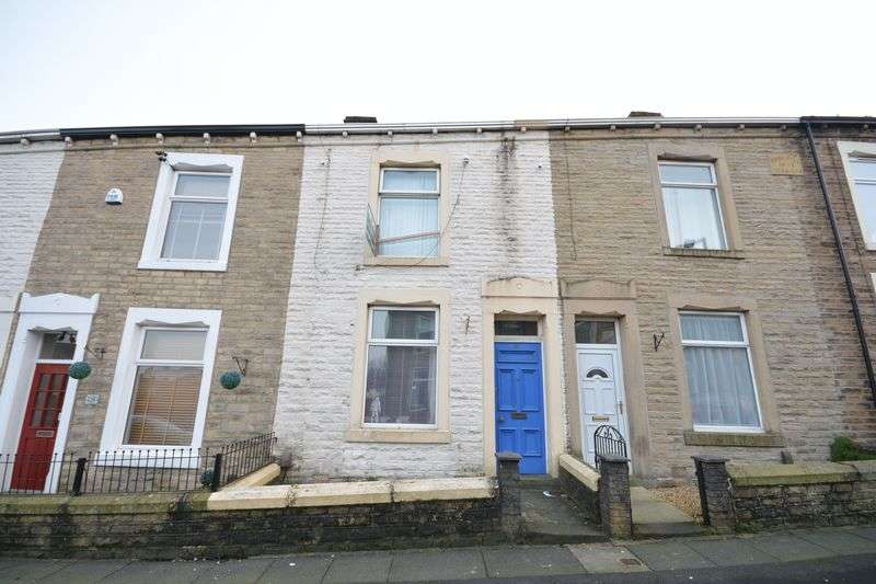 2 Bedrooms Terraced House for sale in Lord Street, Rishton