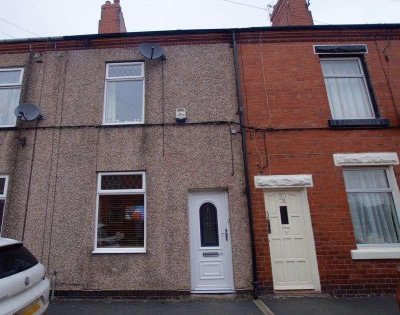 2 Bedrooms Terraced House for sale in High Street, Rhostyllen, Wrexham