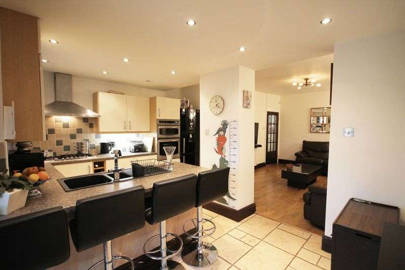2 Bedrooms Terraced House for sale in Manchester Road West, Manchester, Greater Manchester.