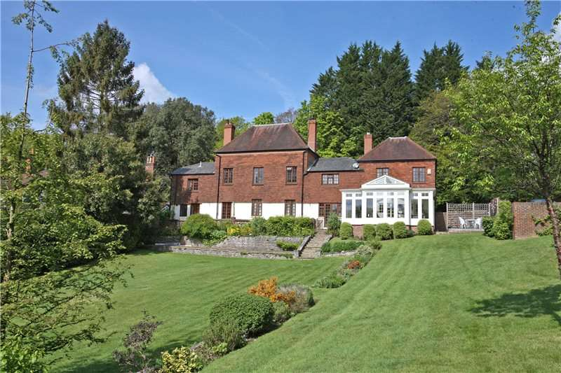 5 Bedrooms House for sale in Greenhill Road, Great Austins, Farnham, Surrey, GU9