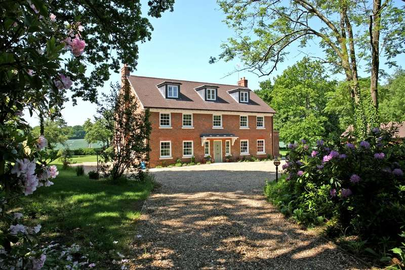 7 Bedrooms Detached House for sale in Doras Green Lane, Dippenhall, Farnham, Surrey, GU10