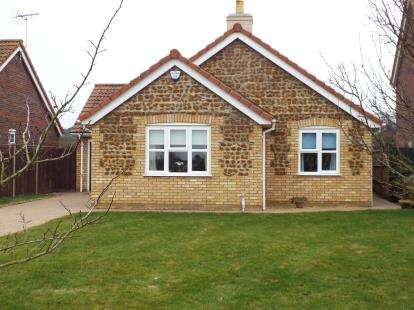 3 Bedrooms Bungalow for sale in Wimbotsham, King's Lynn, Norfolk
