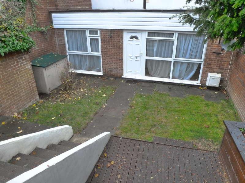 1 Bedroom Ground Maisonette Flat for sale in Cascades, Court Wood Lane, Croydon, CR0 9HY
