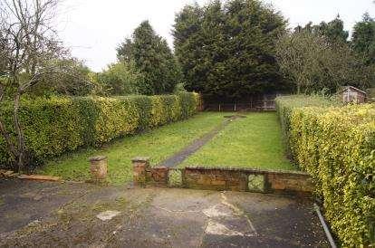 House for sale in Avondale Road, Carlton, Nottingham, Nottinghamshire