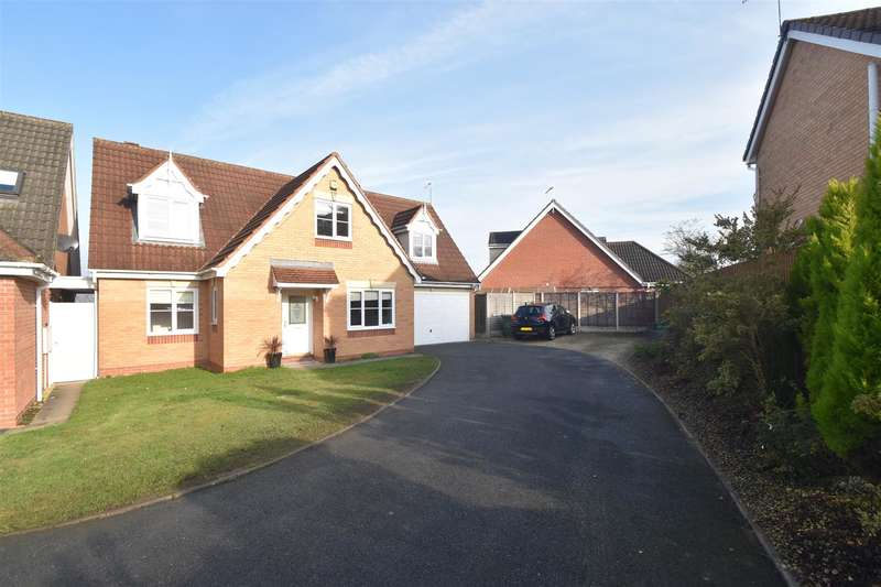4 Bedrooms Property for sale in Jackdaw Lane, Droitwich