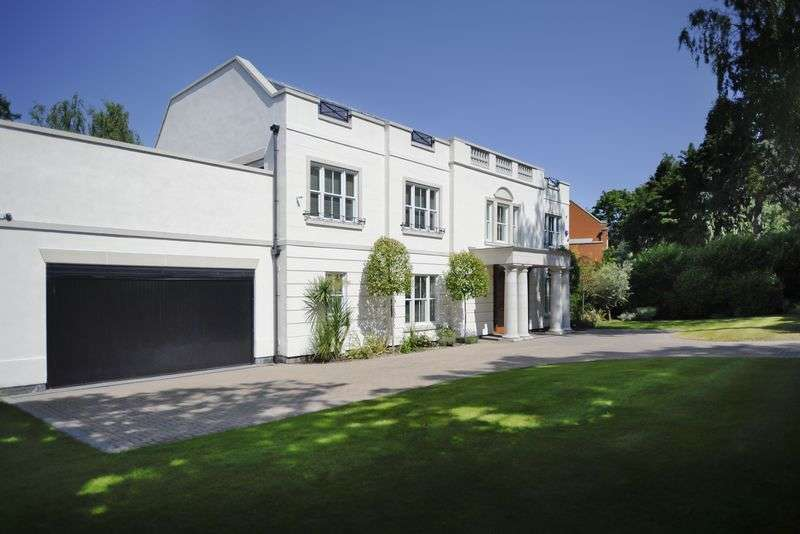 6 Bedrooms Detached House for sale in Eaton Park, Cobham