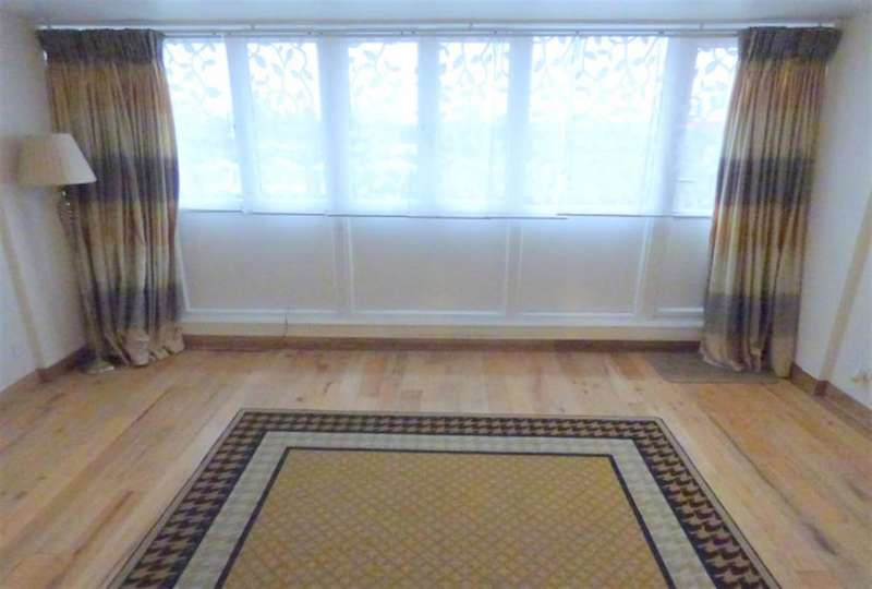 2 Bedrooms Maisonette Flat for sale in Trimmer Walk, TW8