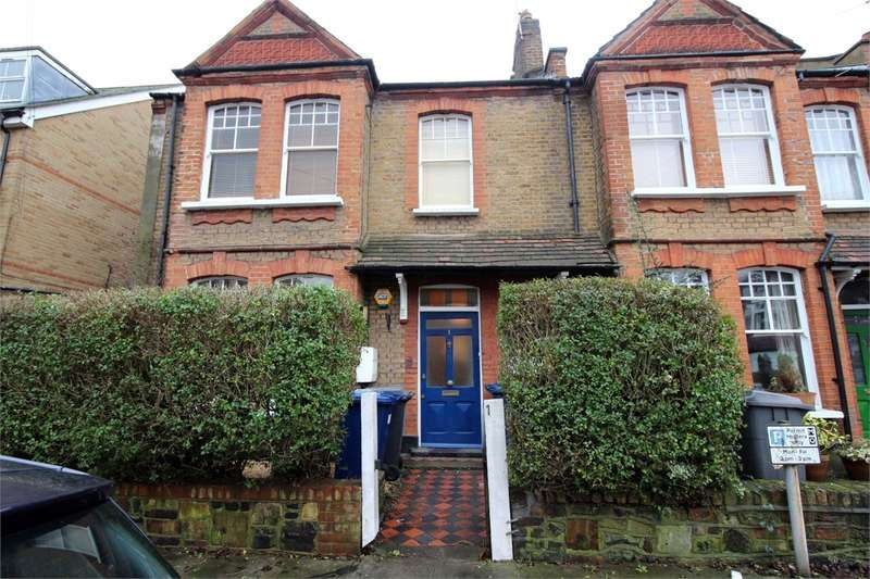 2 Bedrooms Flat for sale in Market Place, East Finchley, London