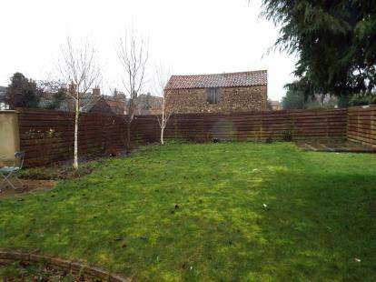 2 Bedrooms Detached House for sale in Priory Road, Downham Market