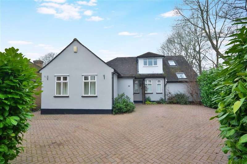 5 Bedrooms Chalet House for sale in Field Way, Rickmansworth, Hertfordshire, WD3