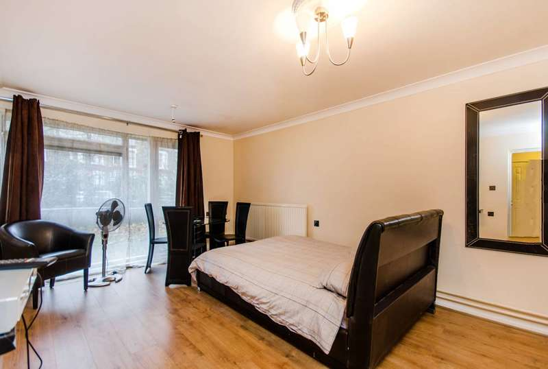 1 Bedroom Flat for sale in John Ruskin Street, Camberwell, SE5