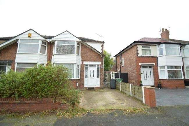 3 Bedrooms Semi Detached House for sale in Pine Avenue, Whitefield, MANCHESTER, M45