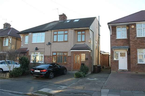 4 Bedrooms Semi Detached House for sale in Uppingham Avenue, Stanmore, Middlesex