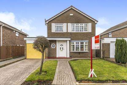 4 Bedrooms Detached House for sale in Sunningdale Drive, Eaglescliffe, Stockton-On-Tees, Durham